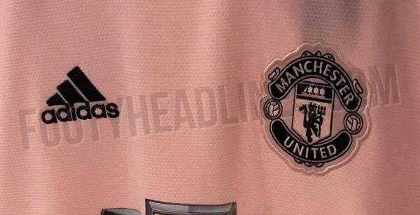 6dcb35b62ba2d O site Footy Headlines revelou no sábado qual será o nova camisa reserva do Manchester  United. O clube mais popular da Inglaterra no mundo terá o uniforme ...