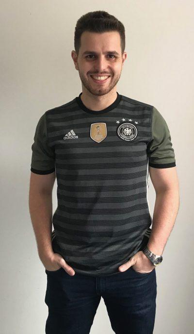 98ed900dca A 34ª camisa da série Minhas Camisas é a da Alemanha